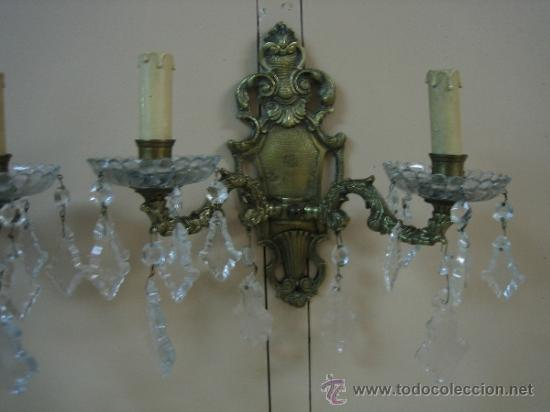 Antigüedades: Pareja de candelabros de bronce antiguos 30x30 cm. Funcionan - Foto 6 - 37388862