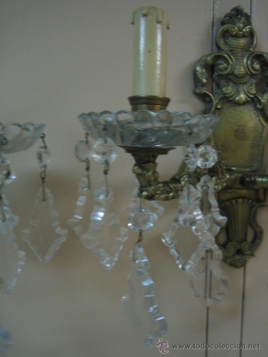 Antigüedades: Pareja de candelabros de bronce antiguos 30x30 cm. Funcionan - Foto 9 - 37388862