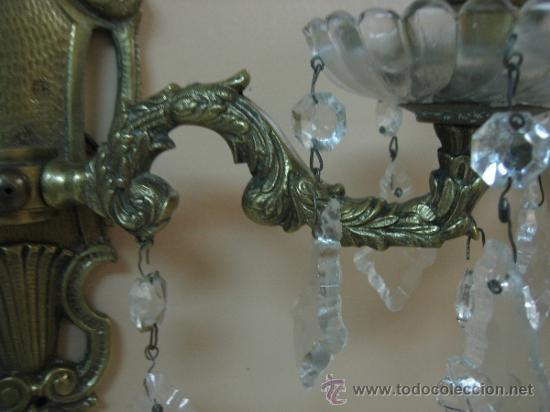 Antigüedades: Pareja de candelabros de bronce antiguos 30x30 cm. Funcionan - Foto 14 - 37388862
