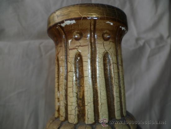 Antigüedades: Precioso viejo florero - jarrón con motivos de uvas. Muy bonito de 26 cm de alto. (ver fotos) - Foto 3 - 37403817