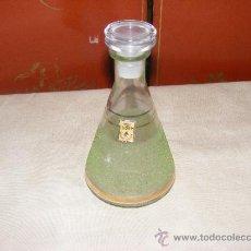 Antigüedades: LICORERA CRISTAL VERDE. Lote 37495495