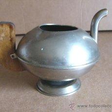 Antigüedades: JARRA O TETERA METALICA Y MADERA ART DECO. Lote 37417005