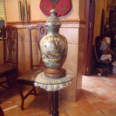 Antigüedades - PRECIOSO MACETERO EN MADERA . - 37430076