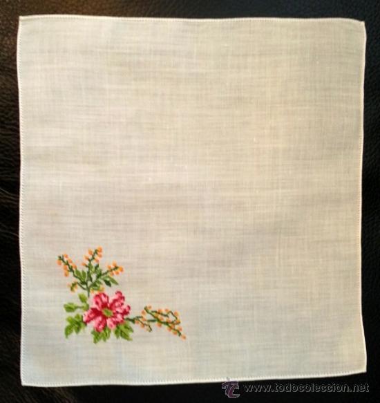 pañuelo hilo bordado flores punto de cruz - Comprar Pañuelos ...