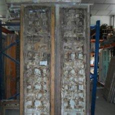 Antigüedades: PUERTA EXTERIOR DOBLE HOJA,CASTELLANA,SIGLO XVIII. Lote 37439534