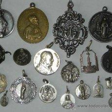 Antigüedades: LOTE DE 20 MEDALLAS ANTIGUAS RELIGIOSAS ALGUNAS DE PLATA, EXCELENTE ESTADO DE CONSERVACION, TAL COMO. Lote 37485103