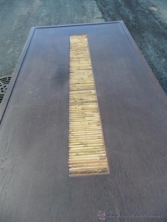 Antigüedades: mesa y 4 sillas orientales en madera - Foto 5 - 37491559