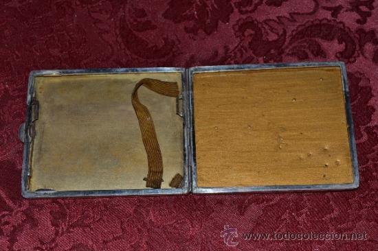 Antigüedades: INTERESANTE PITILLERA DE PLATA CONTRASTADA CON INSIGNIA DE LA FALANGE,PRIMO DE RIVERA E INSIGNIA - Foto 4 - 37509290