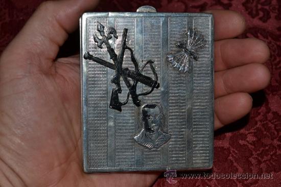 Antigüedades: INTERESANTE PITILLERA DE PLATA CONTRASTADA CON INSIGNIA DE LA FALANGE,PRIMO DE RIVERA E INSIGNIA - Foto 9 - 37509290
