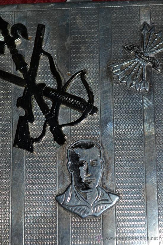 Antigüedades: INTERESANTE PITILLERA DE PLATA CONTRASTADA CON INSIGNIA DE LA FALANGE,PRIMO DE RIVERA E INSIGNIA - Foto 13 - 37509290