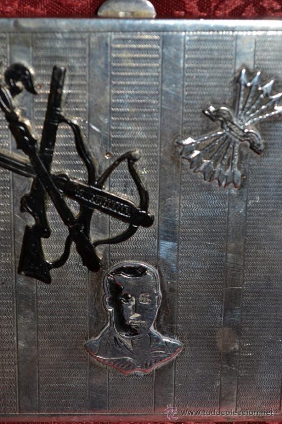 Antigüedades: INTERESANTE PITILLERA DE PLATA CONTRASTADA CON INSIGNIA DE LA FALANGE,PRIMO DE RIVERA E INSIGNIA - Foto 14 - 37509290