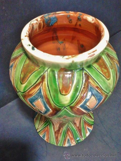 Antigüedades: Jarrón catalán de cerámica vidriada. Firmado: Puigdemont. En colores verdes, marrones y azules. - Foto 2 - 37509950