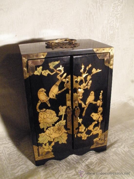 Joyero chino lacado comprar muebles auxiliares antiguos for Muebles antiguos chinos