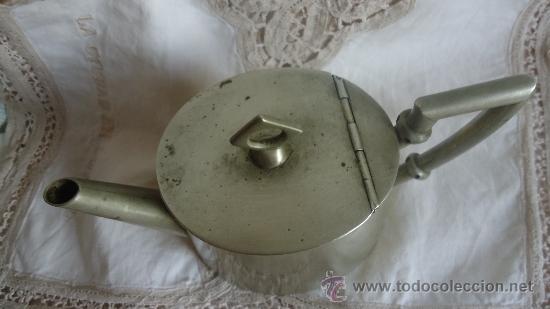 Antigüedades: Antigua jarra aceitera alcuza modernísta de alpaca de Meneses Art Decó Jarra - Foto 5 - 37252201