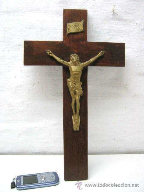 ANTIGUO GRAN CRUZ CRUCIFIJO CRISTO EN METAL - 45 CM (Antigüedades - Religiosas - Crucifijos Antiguos)
