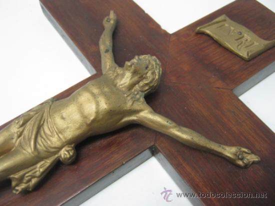 Antigüedades: Antiguo Gran Cruz Crucifijo Cristo en metal - 45 cm - Foto 4 - 37667254
