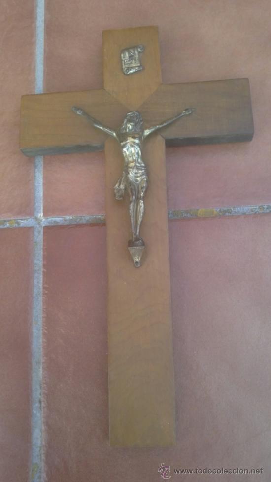ANTIGUO CRUCIFIJO-CRUZ MADERA,CRISTO METAL .(40X24CM) (Antigüedades - Religiosas - Crucifijos Antiguos)