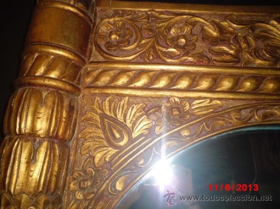 Antigüedades: ESPEJO CON MARCO DE MADERA TALLADO A MANO Y DORADO EN PAN EN ORO - Foto 4 - 37691608