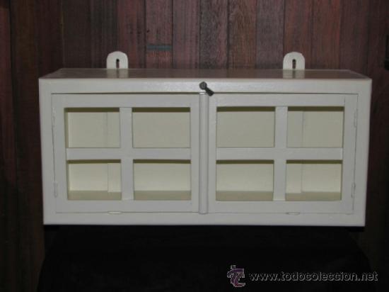 Peque a alacena de cocina para colgar comprar muebles for Muebles de cocina antiguos