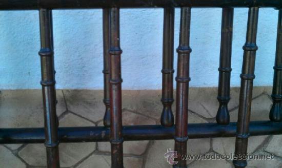 Antigüedades: CABECERO Y PIESERO DE MADERA MAZIZA HECHOS A MANO / ANTIGUEDAD COMPROBADA MÁS DE 60 AÑOS - Foto 2 - 37724442
