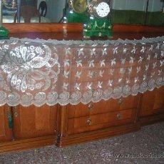 Antigüedades: ANTIGUA MANTILLA PEINETA ,INDUMENTARIA O VIRGEN. Lote 37725621