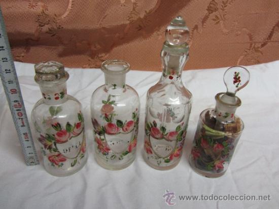 PRECIOSO JUEGO DE 4 FRASQUITOS DE PERFUME HOUBIGANT CHARDIN / HACIA 1845 (Antigüedades - Cristal y Vidrio - Otros)