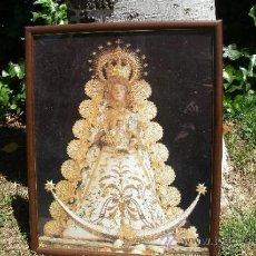 Antigüedades: CUADRO DE LA VIRGEN DEL ROCÍO ENMARCADO EN MADERA Y CRISTAL. Lote 37746333