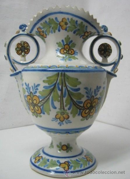 28.5 CM - ANTIGUO JARRON MANISES - FIRMADO GIMENO Y NUMERADO (Antigüedades - Porcelanas y Cerámicas - Manises)
