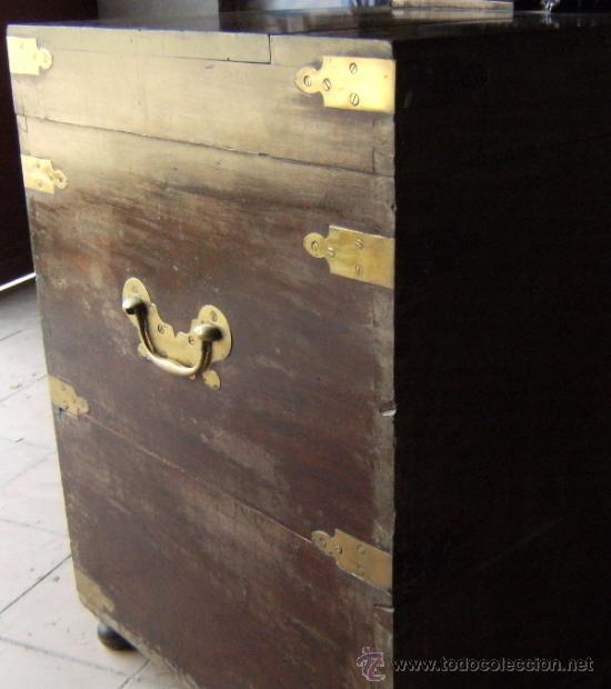 Antigüedades: GRAN ARCON MADERA CAOBA S.XIX. ESCUDO TALLADO - Foto 3 - 37823445