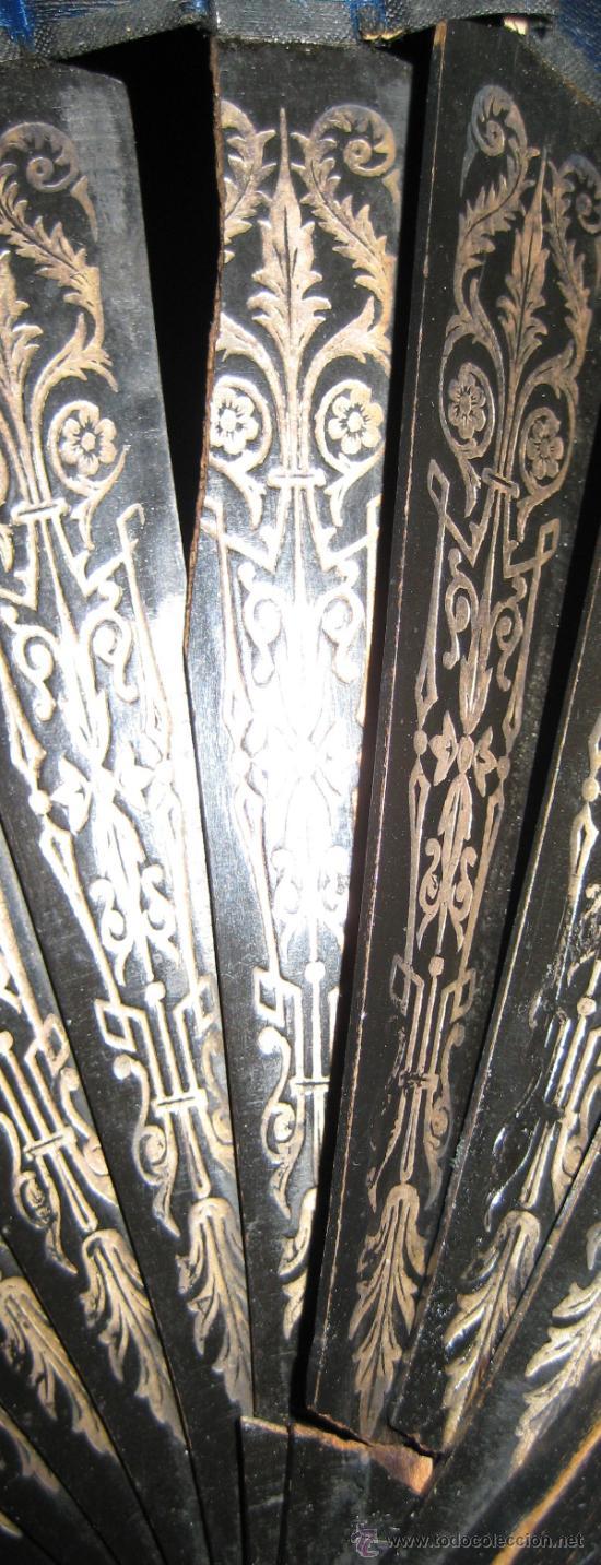 Antigüedades: ABANICO DE MADERA. PINTADO A MANO. 60 X 33 CM. - Foto 4 - 37872944