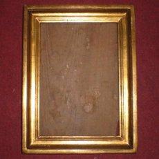 Antigüedades: ANTIGUO MARCO DORADO, S.XIX, MADERA, ESTUCO Y PAN DE ORO. Lote 37889038