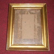 Antigüedades: ANTIGUO MARCO DORADO, S.XIX, MADERA, ESTUCO Y PAN DE ORO. Lote 37889092