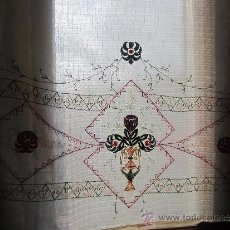 cortina bordada antigua art deco