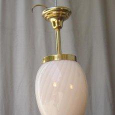Antigüedades: LAMPARA DE TECHO EN METAL CON TULIPA DE CRISTAL. Lote 38012534
