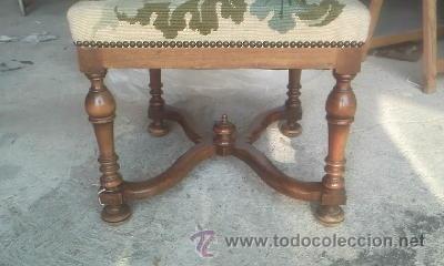 Antigüedades: Preciosa silla de madera maciza con tapizado realizado en punto de cruz. - Foto 4 - 38039959