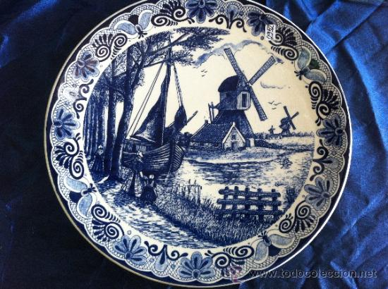PLATO ANTIGUO GRANDE SELLADO DELFT (Antigüedades - Porcelana y Cerámica - Holandesa - Delft)