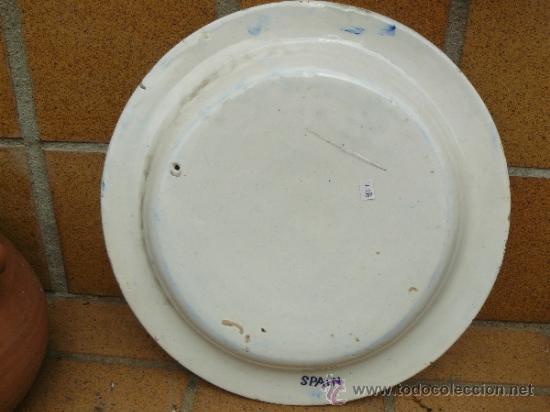 Antigüedades: Bonito plato con aguila bicefala y escudo heraldico pintado a mano 1er tercio s XX - Foto 3 - 38051909