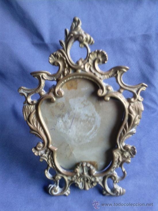 Antigüedades: Antiguo portafoto en bronce.no replica - Foto 2 - 38061370