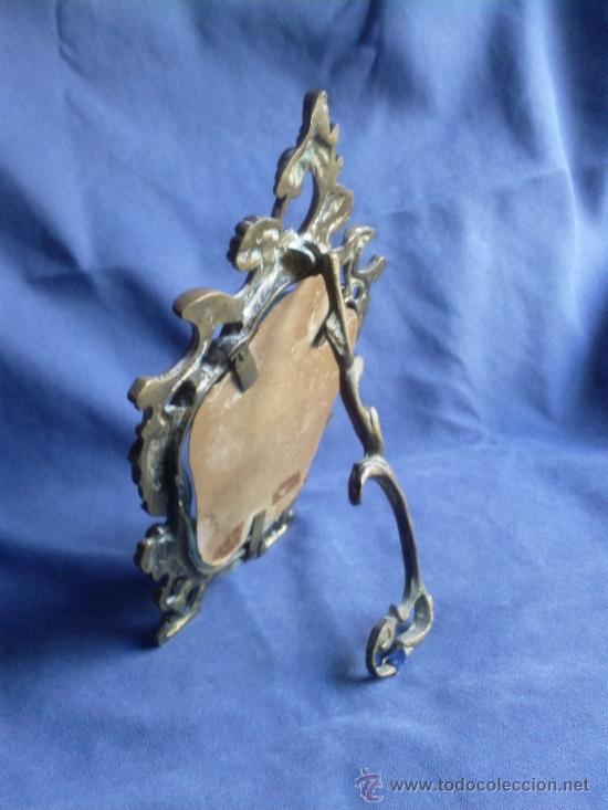 Antigüedades: Antiguo portafoto en bronce.no replica - Foto 3 - 38061370