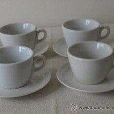 Antigüedades: 4 TAZAS DE CAFE EN LOZA BLANCA SIN MARCAS.TAZAS: 7,5 DIAMETRO X 5 ALTO. PLATO. 12,5 D. VER FOTOS Y D. Lote 38072305