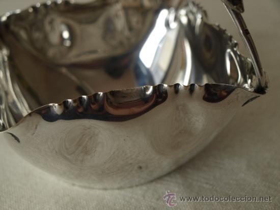 Antigüedades: PEQUEÑA CESTA METAL PLATEADO.11 CM X 11 CM X 11 CM ALTO. VER FOTOS Y DESCRIPCION. - Foto 10 - 38075655