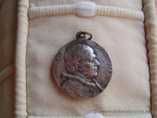 MEDALLA METAL PIVS .XI - PONT. MAX (Antigüedades - Religiosas - Medallas Antiguas)