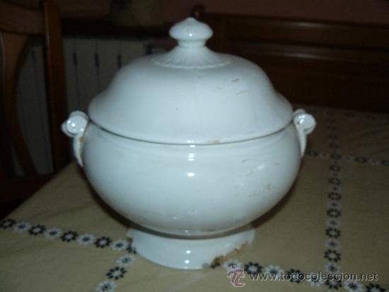 ANTIGUA SOPERA BLANCA - PPS SIGLO XX - SAN JUAN DE AZNALFARACHE (Antigüedades - Porcelanas y Cerámicas - San Juan de Aznalfarache)