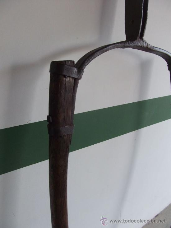 Antigüedades: tiro o tirente de madera de burro para la arada 1,6 metros x 68 cm - Foto 3 - 38159933