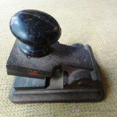 Antigüedades: SELLO SECO. Lote 38227370