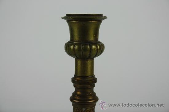 Antigüedades: PAREJA DE CANDELABROS EN METAL FIN S XIX PRINC S XX. - Foto 2 - 38383245