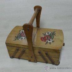 Antigüedades: ANTIGUO COSTURERO DE MADERA . Lote 38412232