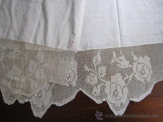 antigua pareja de cortinas de lino y encaje