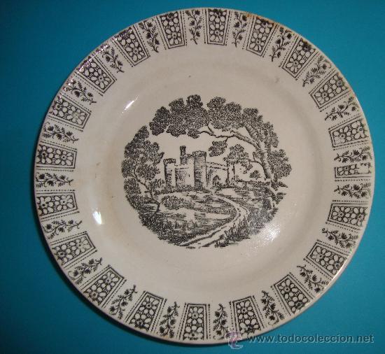 PEQUEÑO PLATO PICKMAN S. A. LA CARTUJA DE SEVILLA, 19CM. (Antigüedades - Porcelanas y Cerámicas - La Cartuja Pickman)