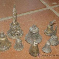 Antigüedades: GRAN LOTE DE 8 CAMPANA MUY ANTIGUAS DE BRONCE, A IDENTIFICAR. Lote 38584622